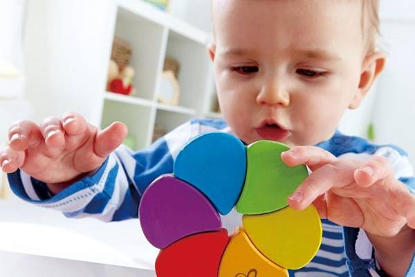 Когда ребенка учить цветам и формам | мама супер!