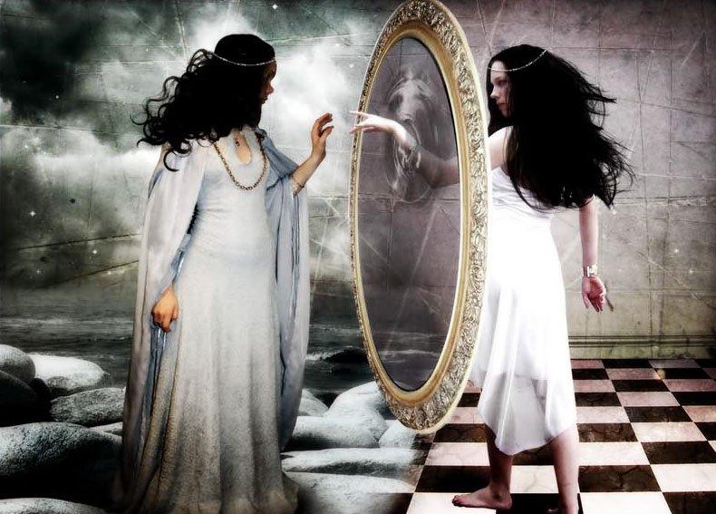 Почему нельзя показывать новорожденного в зеркало? происхождение и история приметы . милая я
