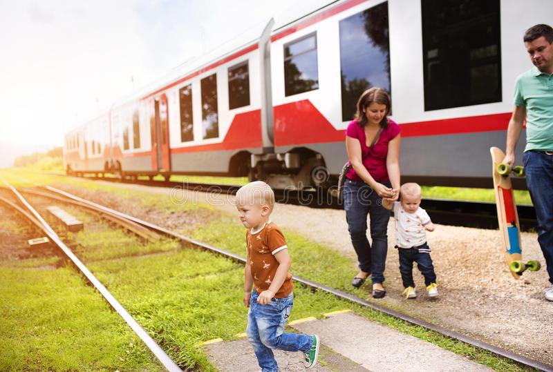 C ребенком в поезде - правила перевозки детей в украине
