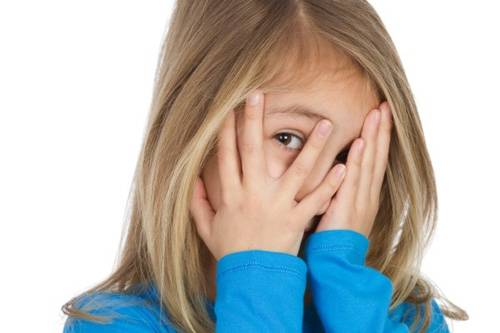 У вас застенчивый ребенок? как побороть стеснительность. как избавиться от стеснительности