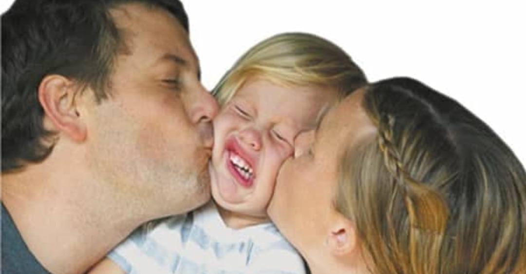 Чрезмерно опекающие родители: как вырастить независимых детей