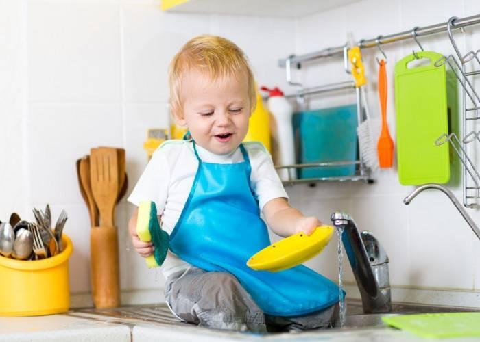 7 вещей, которые не должен себе позволять при ребенке ни один папа