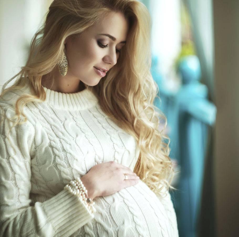 Можно ли беременным стричь волосы, ровнять кончики волос и заплетаться на родах: приметы, почему нельзя стричься перед родами, почему раньше боялись касаний посторонних к косе