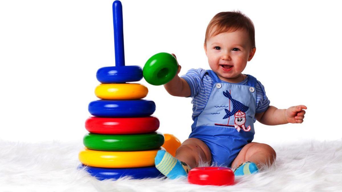 Ребенок в 3 месяца: развитие, что должен уметь, вес, рост - mama.ua