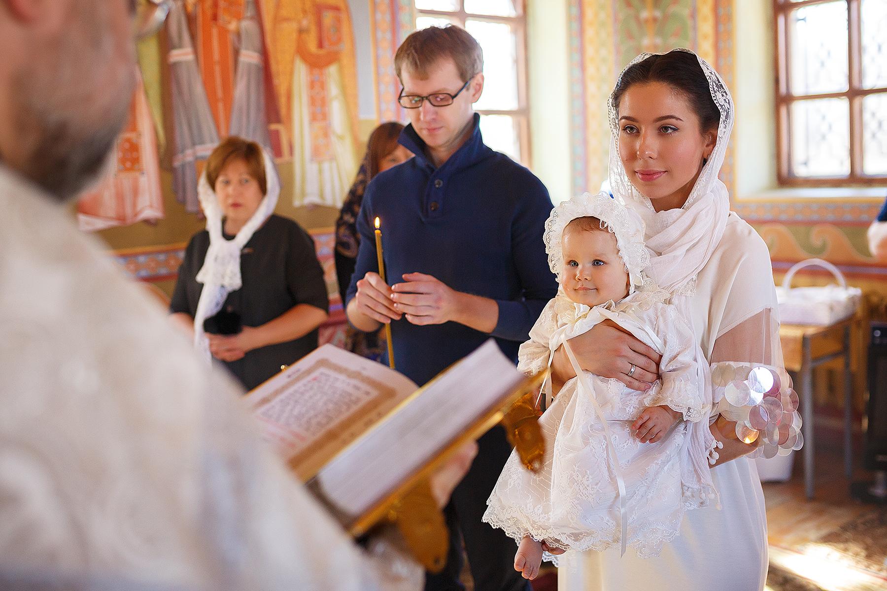 Молитвы при крещении ребенка: для крестных, молитва символ веры