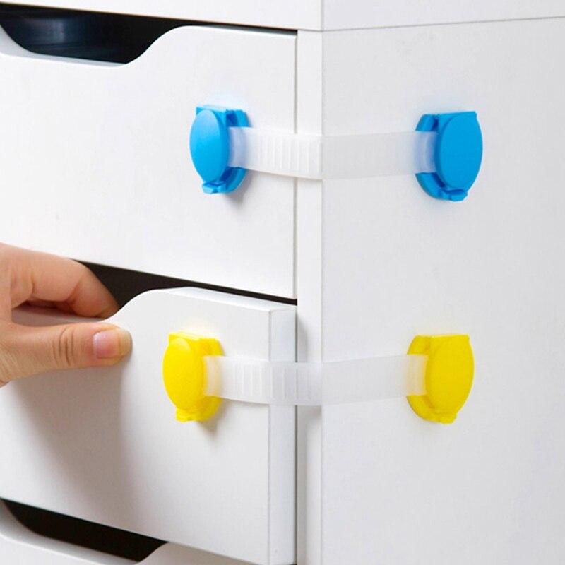 Обзор средств защиты на плиту, ящики, мебель, ручки, межкомнатные двери, пол для детей