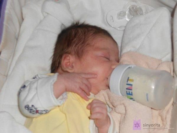 Что делать при запоре на искусственном вскармливании у новорожденного и грудничка: причины недуга, обзор методов лечения и слабительных, а также мнение комаровского