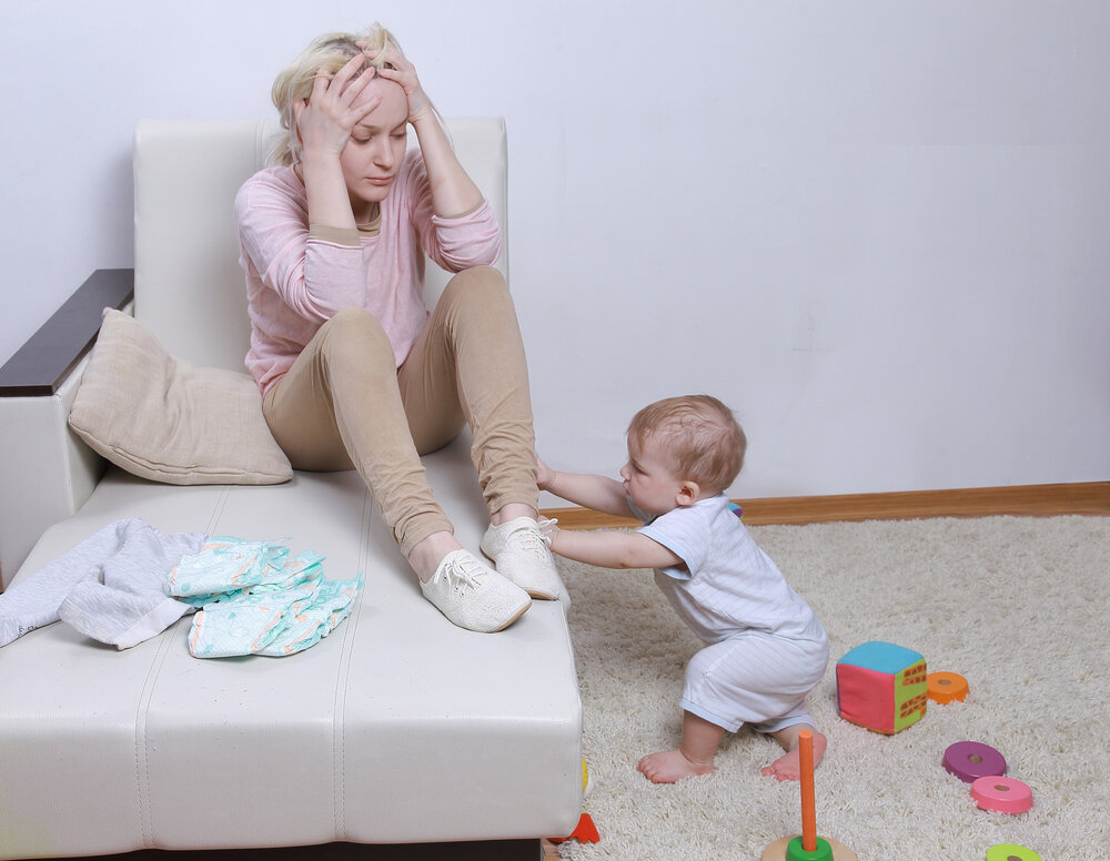 Позволительная слабость. астения после родов. причины слабости после родов