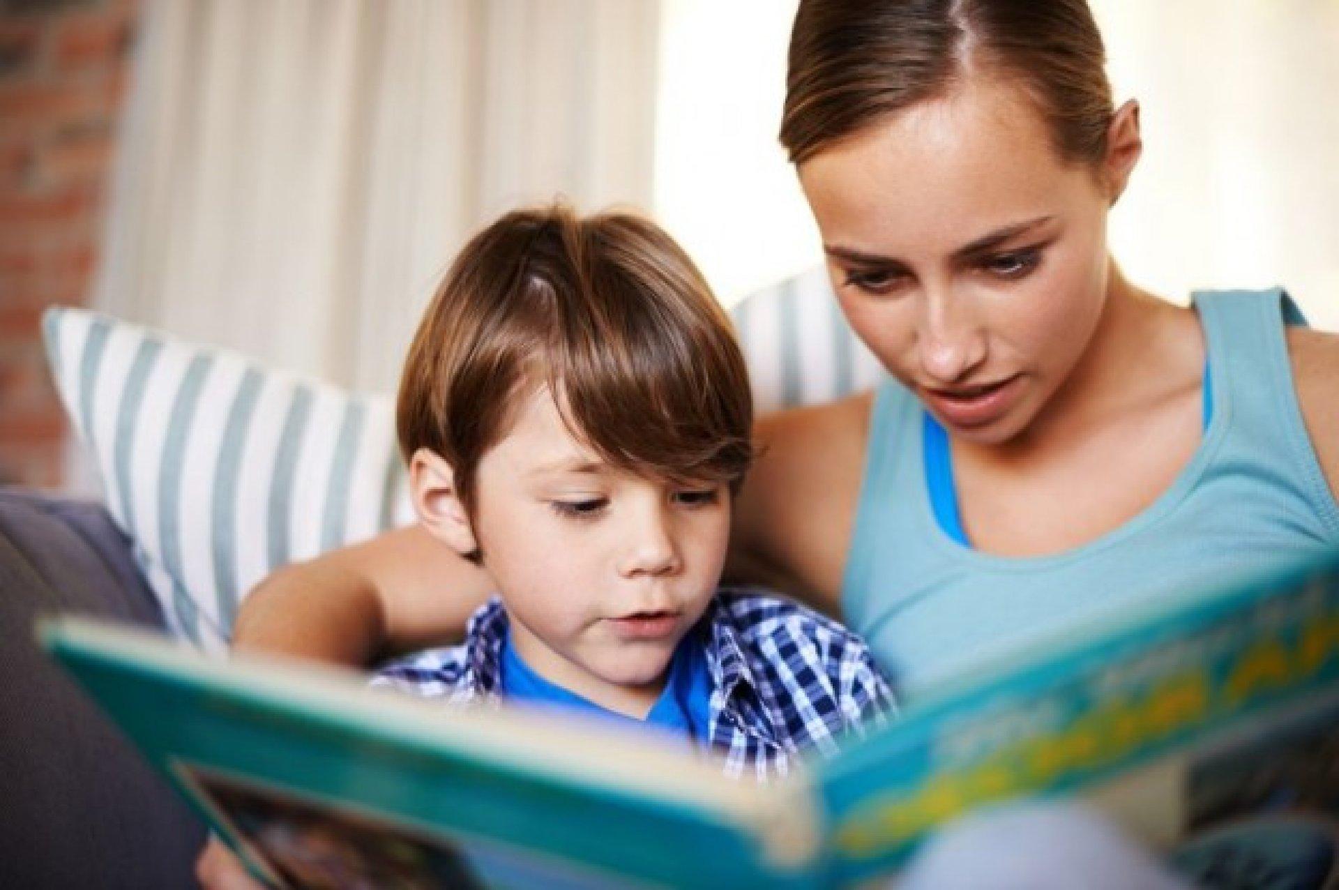 Польза для детей от чтения сказок на ночь