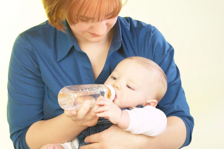 Как отучить ребенка от бутылочки