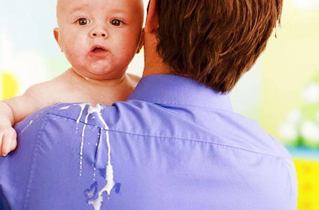 Рвота у грудничка без температуры после кормления