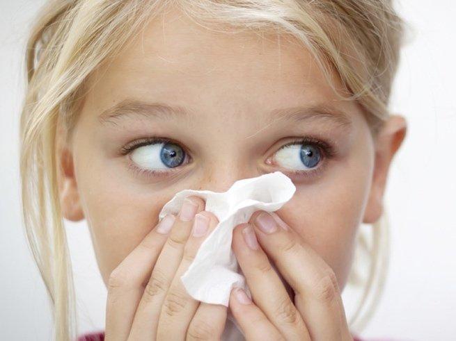 Зеленые сопли и гноятся глаза у ребенка лечение