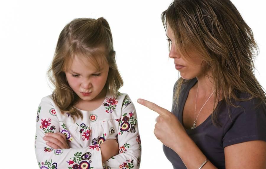Что делать, когда старший ребенок ревнует к младшему