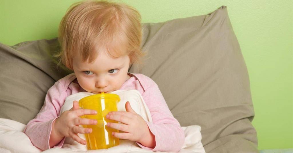 Сухой кашель ночью у ребенка: причины, как успокоить приступ кашля, лечение кашля без температуры, комаровский
