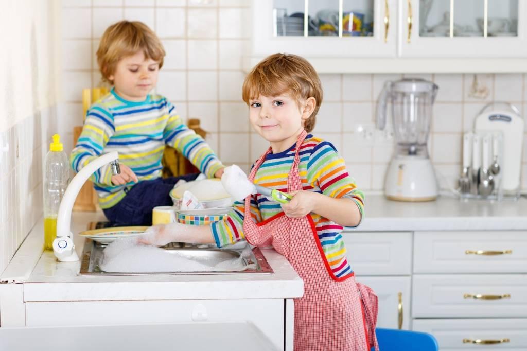 Как воспитать ответственность у ребенка с рождения?