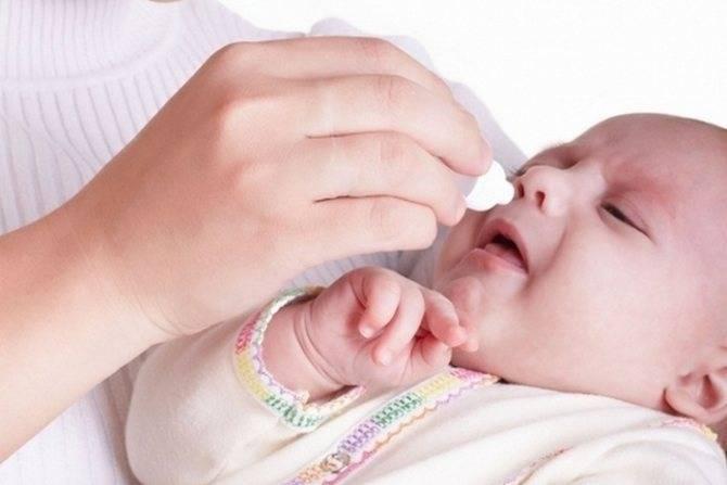 Лечение насморка у младенцев грудным молоком