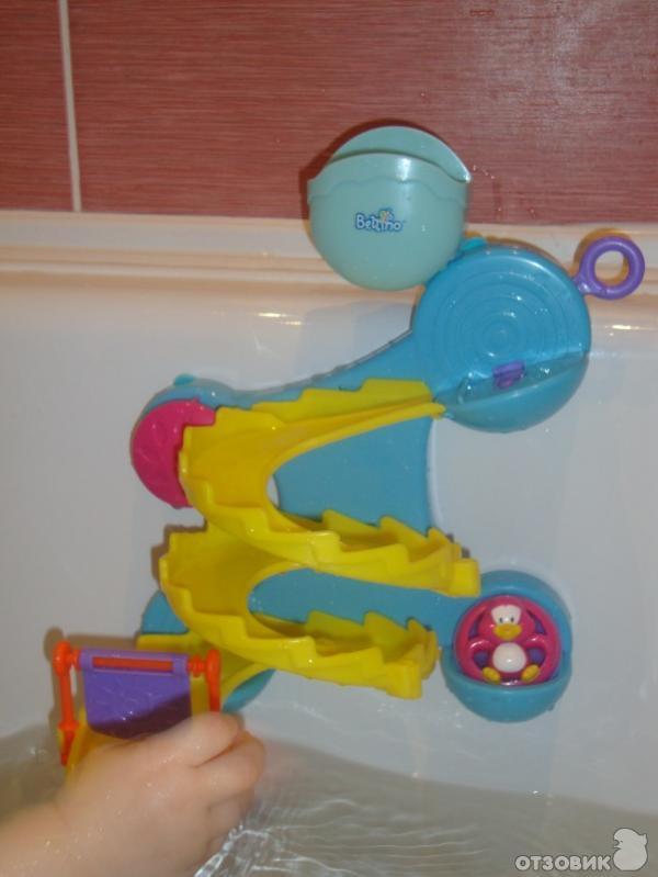 Веселое купание малыша с игрушками для ванны – 10 любимых игрушек детей до года для купания