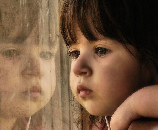 Воспитание ребенка. холодная отсутствующая мать