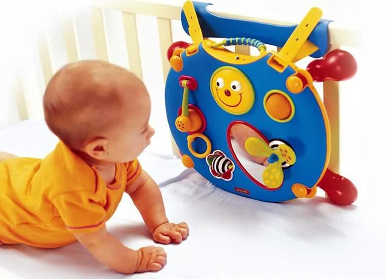 Игры с ребенком 6 месяцев: пальчиковые, для развития речи и мелкой моторики