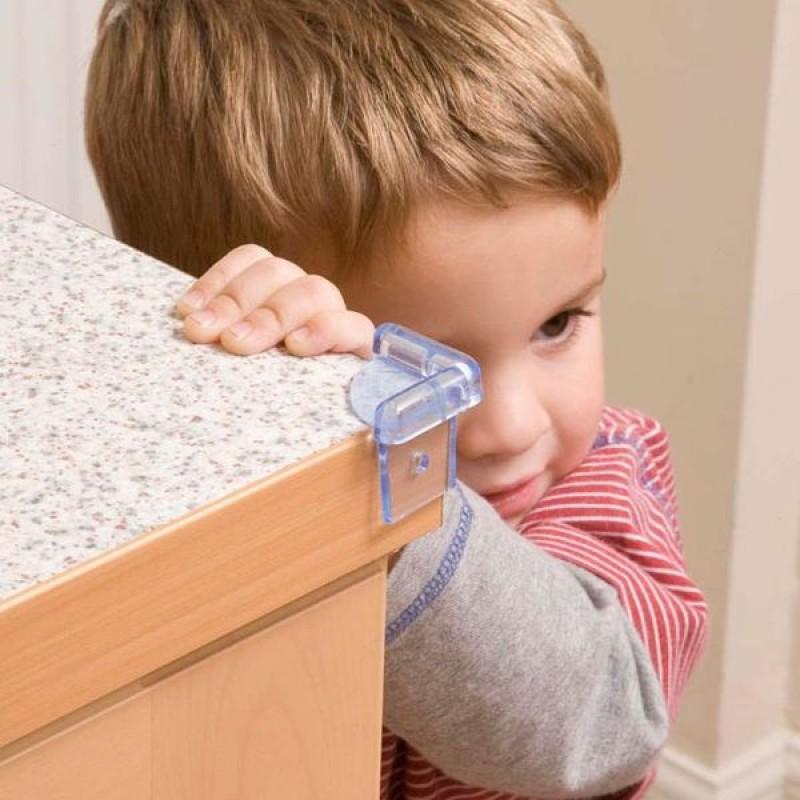 Безопасный дом для ребенка: приспособления для защиты детей   дом мечты