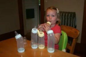 Как правильно и быстро отучить ребенка от бутылочки