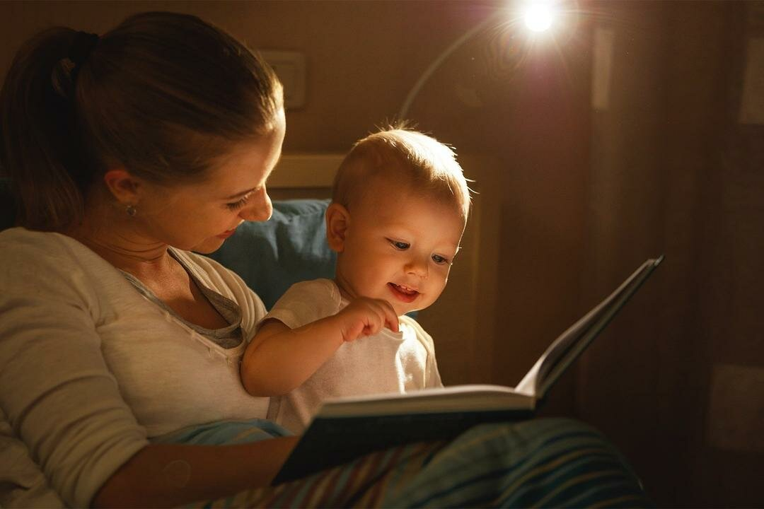 """""""сказка на ночь"""" или почему гаджеты не смогут заменить ребенку книгу?"""