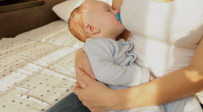 Ребенок спит только на руках | уроки для мам