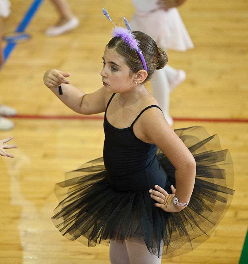 Спортивные бальные танцы для детей: с какого возраста и какая польза