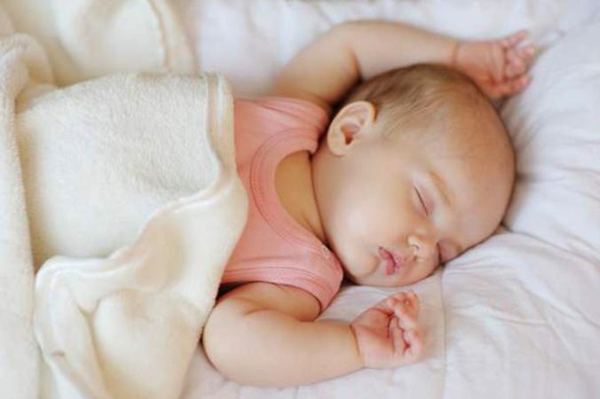 Ребенок много спит: норма или отклонение