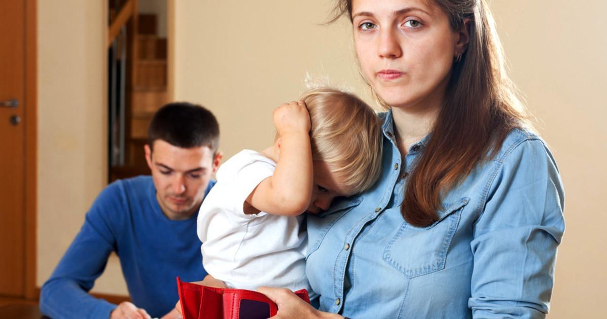Отказ от ребенка матерью: оформление, особенности