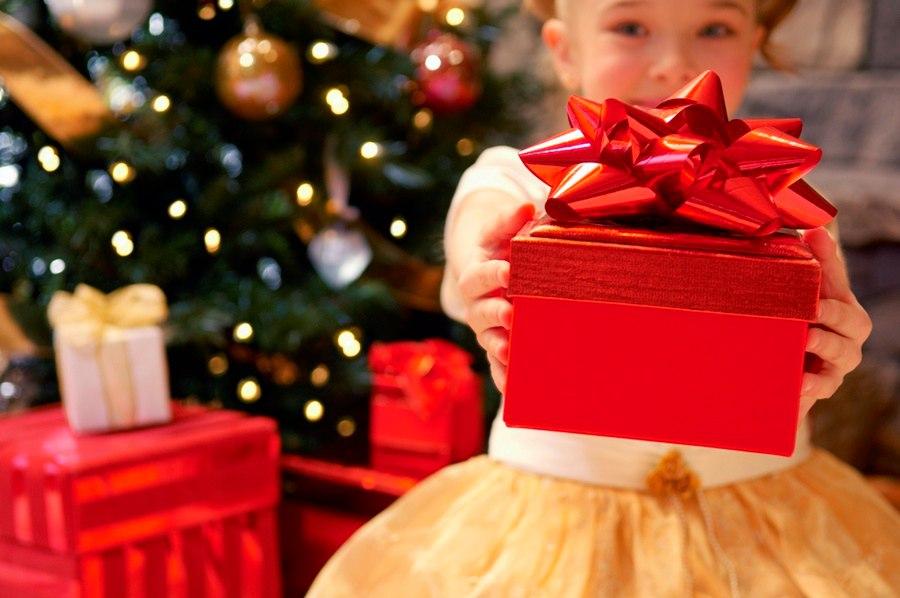 Идеи подарков ребёнку: 57 идей, что подарить ребенку 6, 7, 8, 9 лет на новый год 2021