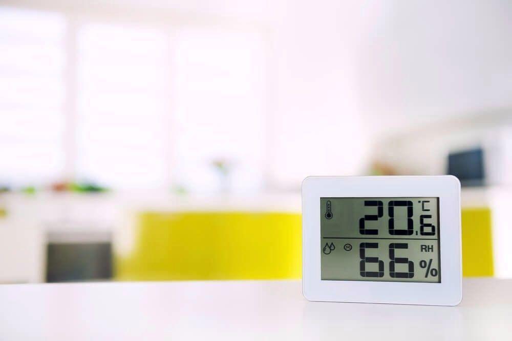 Какой должна быть температура в комнате для новорожденного