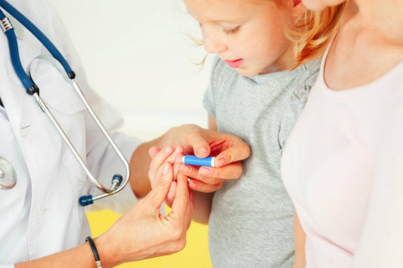 Боюсь сдавать кровь из вены: как перестать бояться анализов из пальца, причины и симптмоы гемофобии, способы лечения