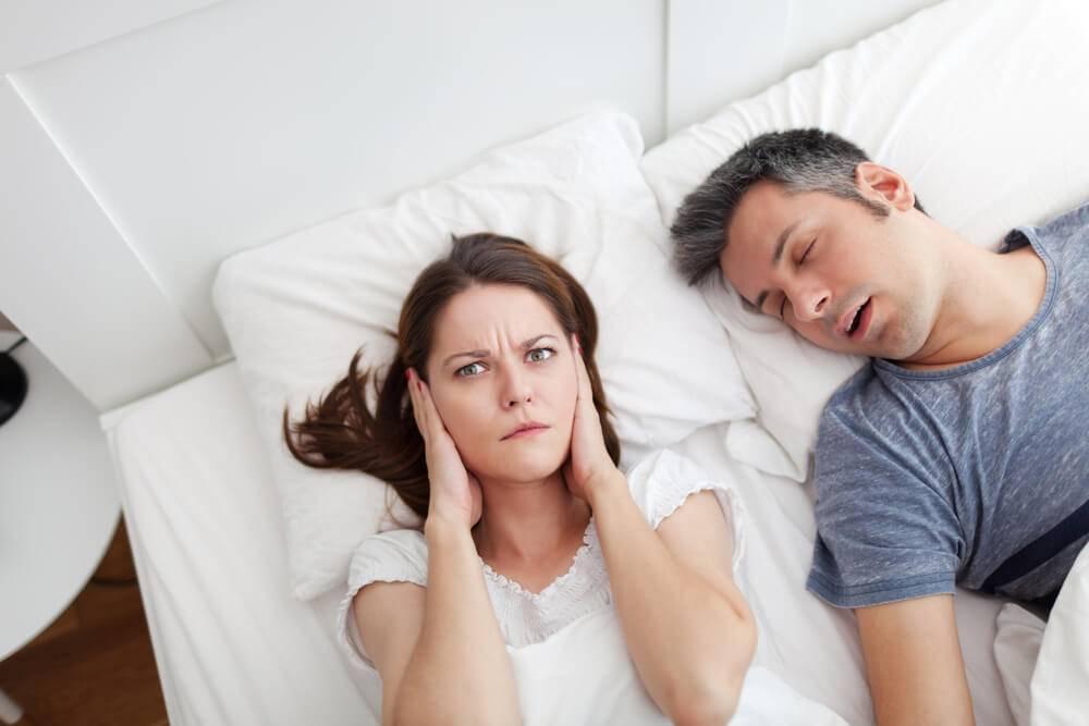 Ребенок храпит во сне: причины и решение проблемы