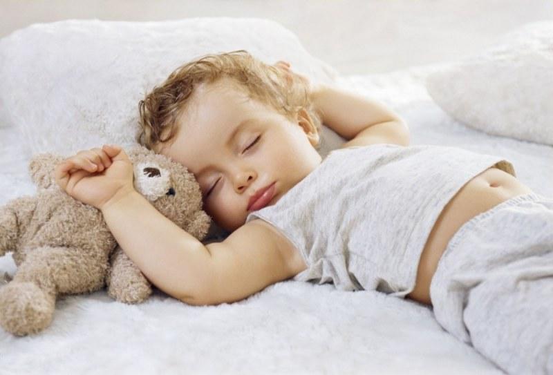 Ребёнок в 3 месяца плохо спит ночью: причины нарушения сна и исправление ситуации