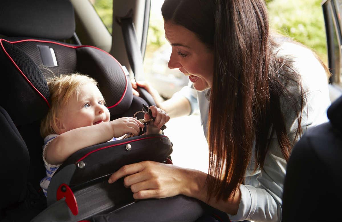 Как путешествовать с маленькими детьми: питание, сборы и советы