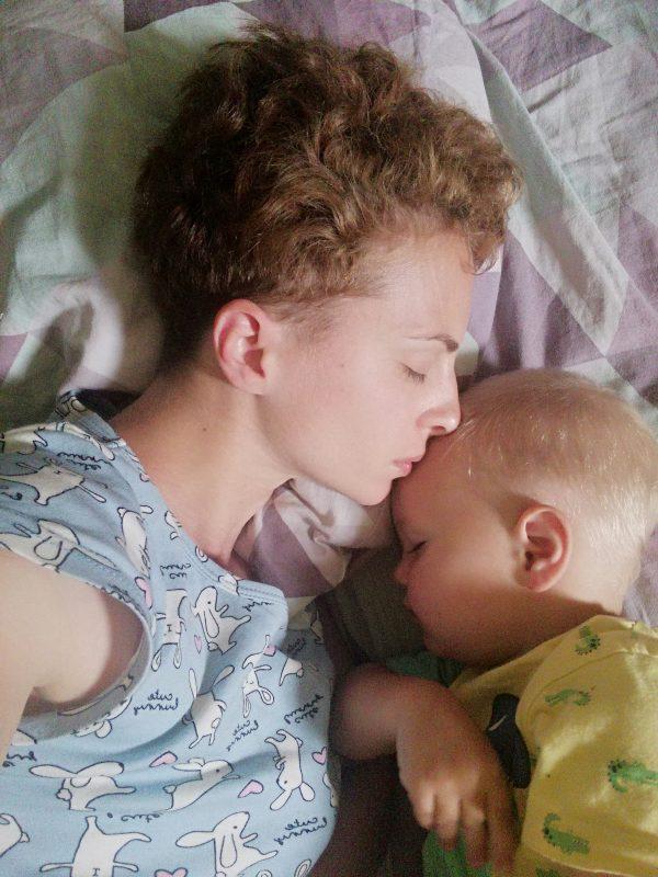 Совместный сон с ребёнком: взвешиваем за и против и практикуем его правильно