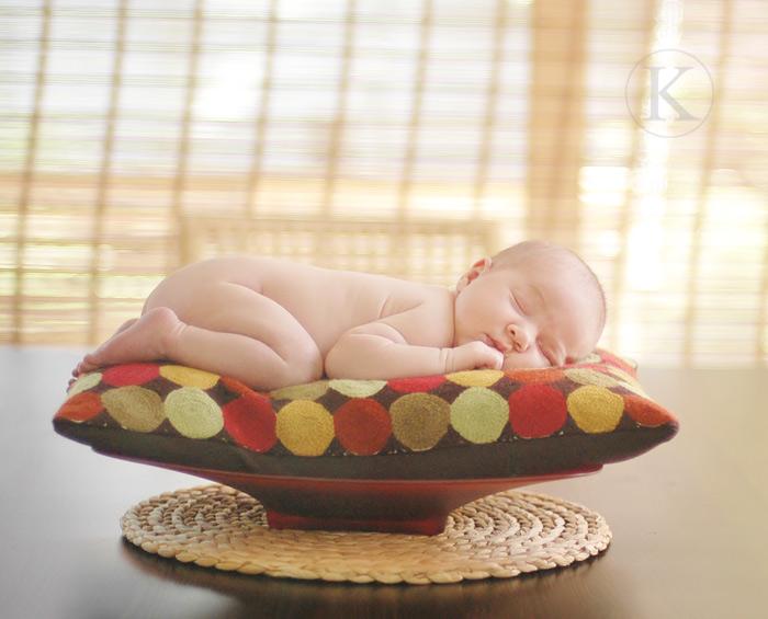 Как фотографировать новорожденных дома?