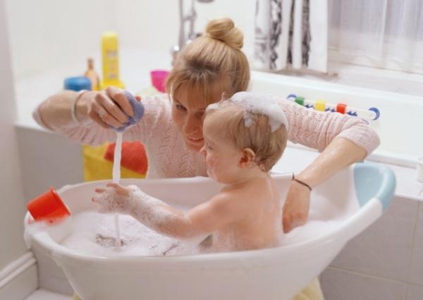 Игры с ребенком в ванной: веселые и полезные