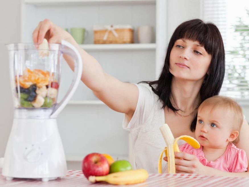 Какие фрукты можно есть кормящей маме: список фруктов, правила приема