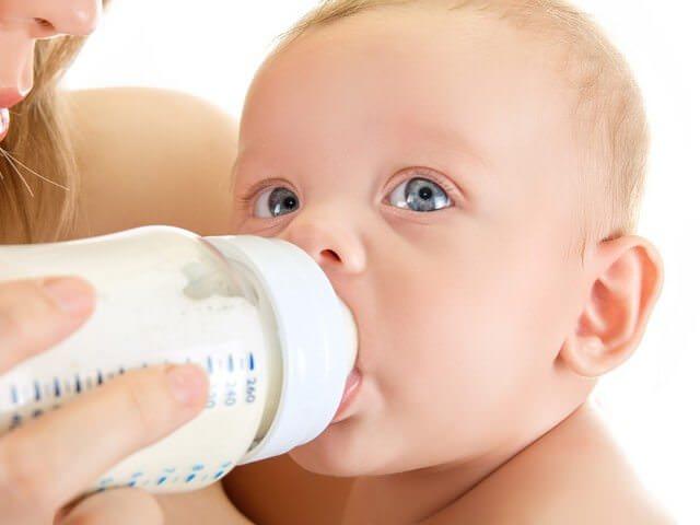Как отучить ребенка от бутылочки: на заметку родителям
