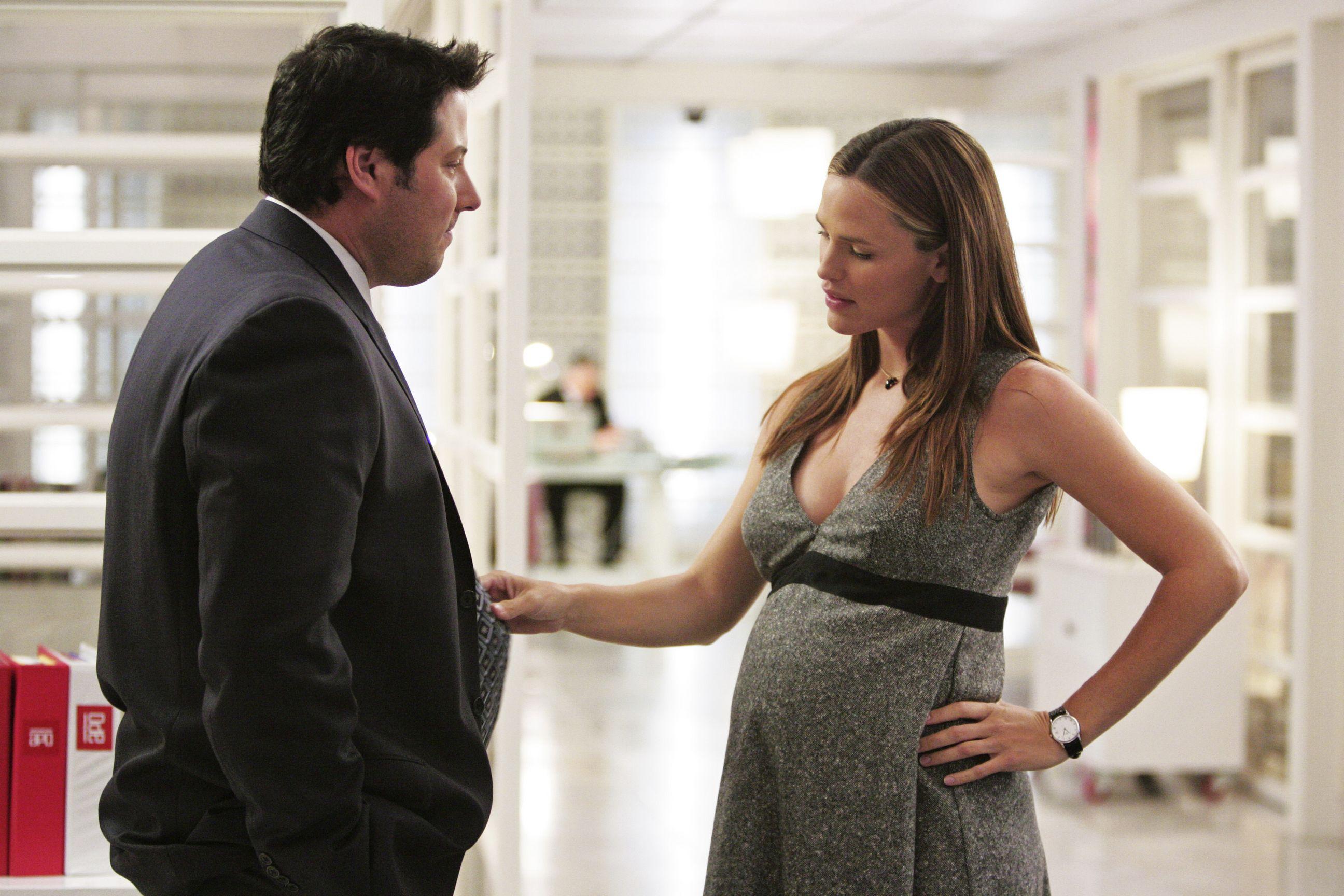 Фильмы и сериалы про беременность и роды: список
