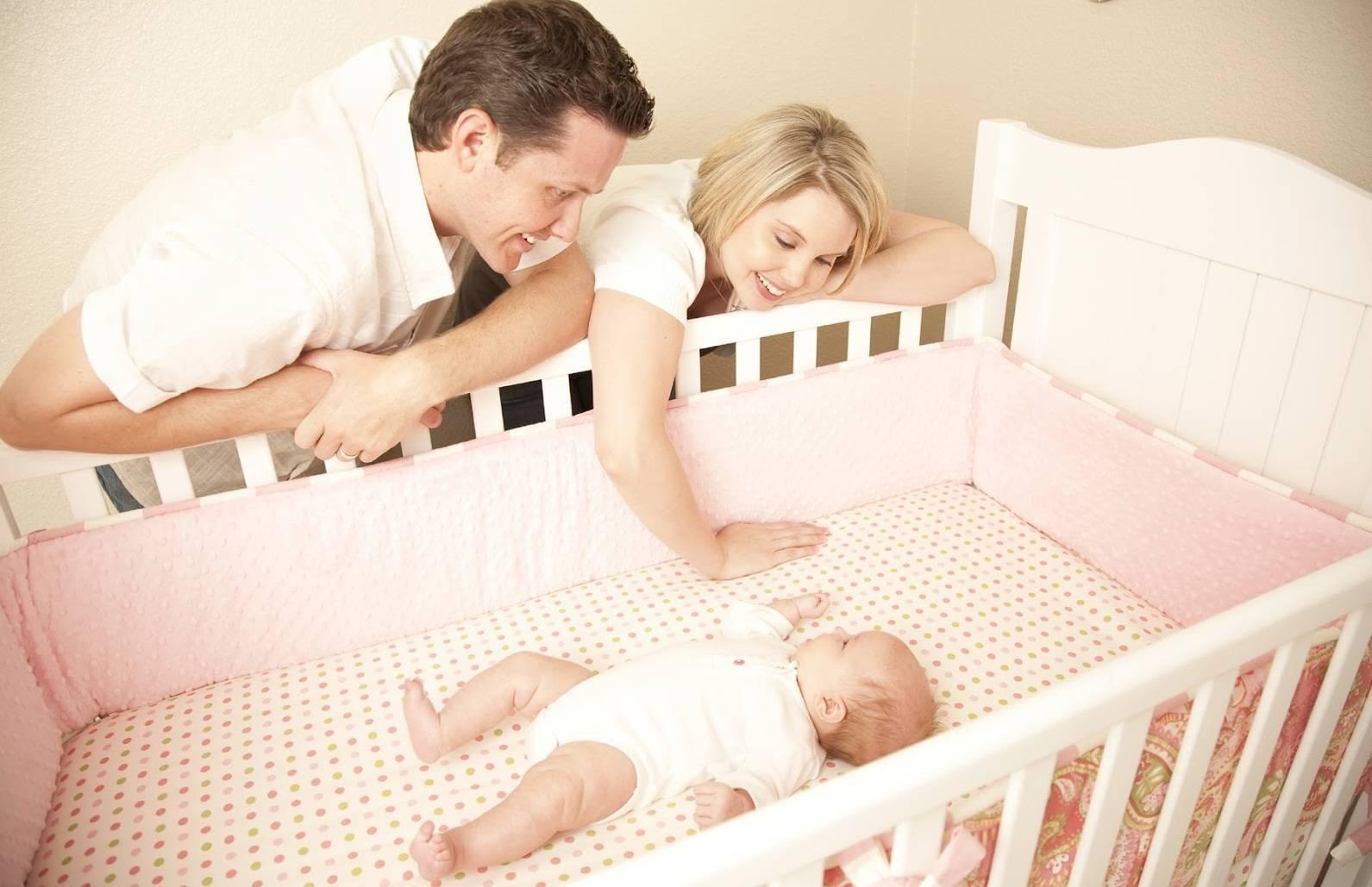 Как приучить ребёнка спать в своей кроватке: практические советы по быстрому приучению