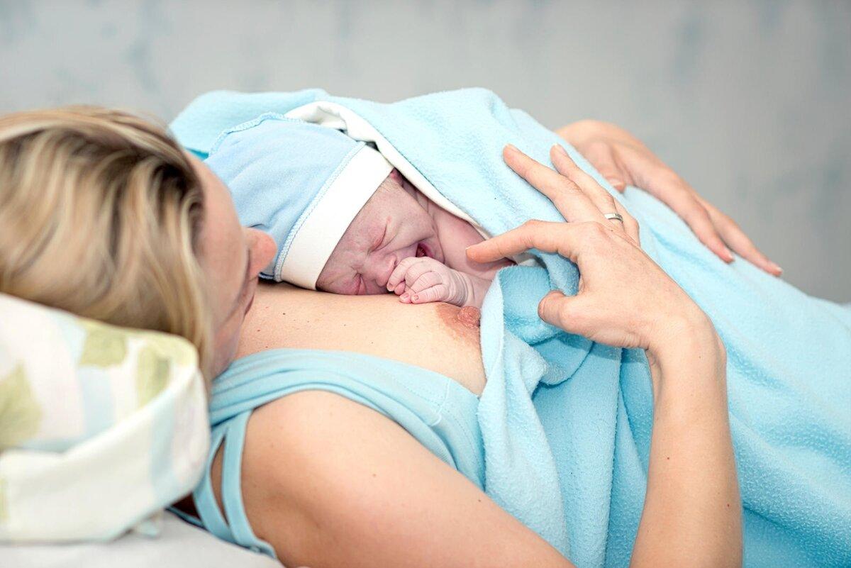10 дел на первые дни после родов: чем заняться в роддоме