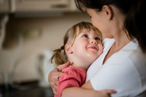 Показывайте детям чаще, как вы их любите. любите своих детей.