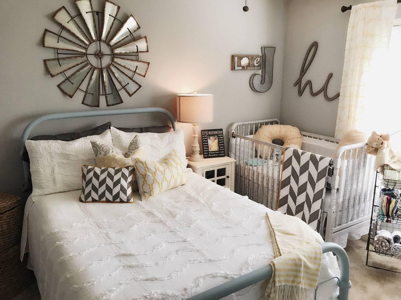 Дизайн маленькой спальни +100 фото интерьеров: идеи обустройства