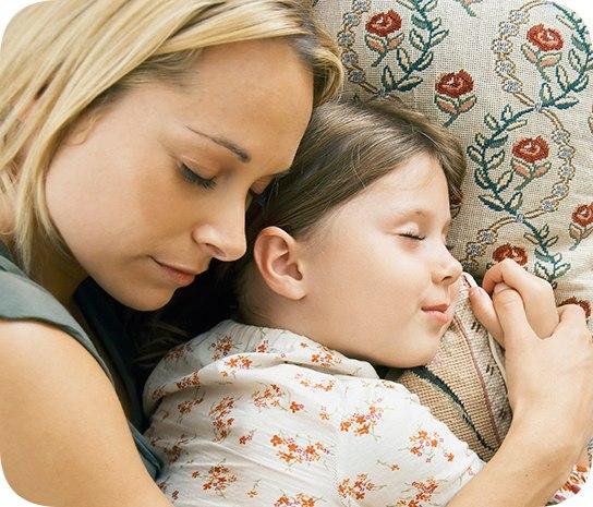 Как уложить спать малыша без слез. сложности с укладыванием спать у малышей. почему не спит ребенок.