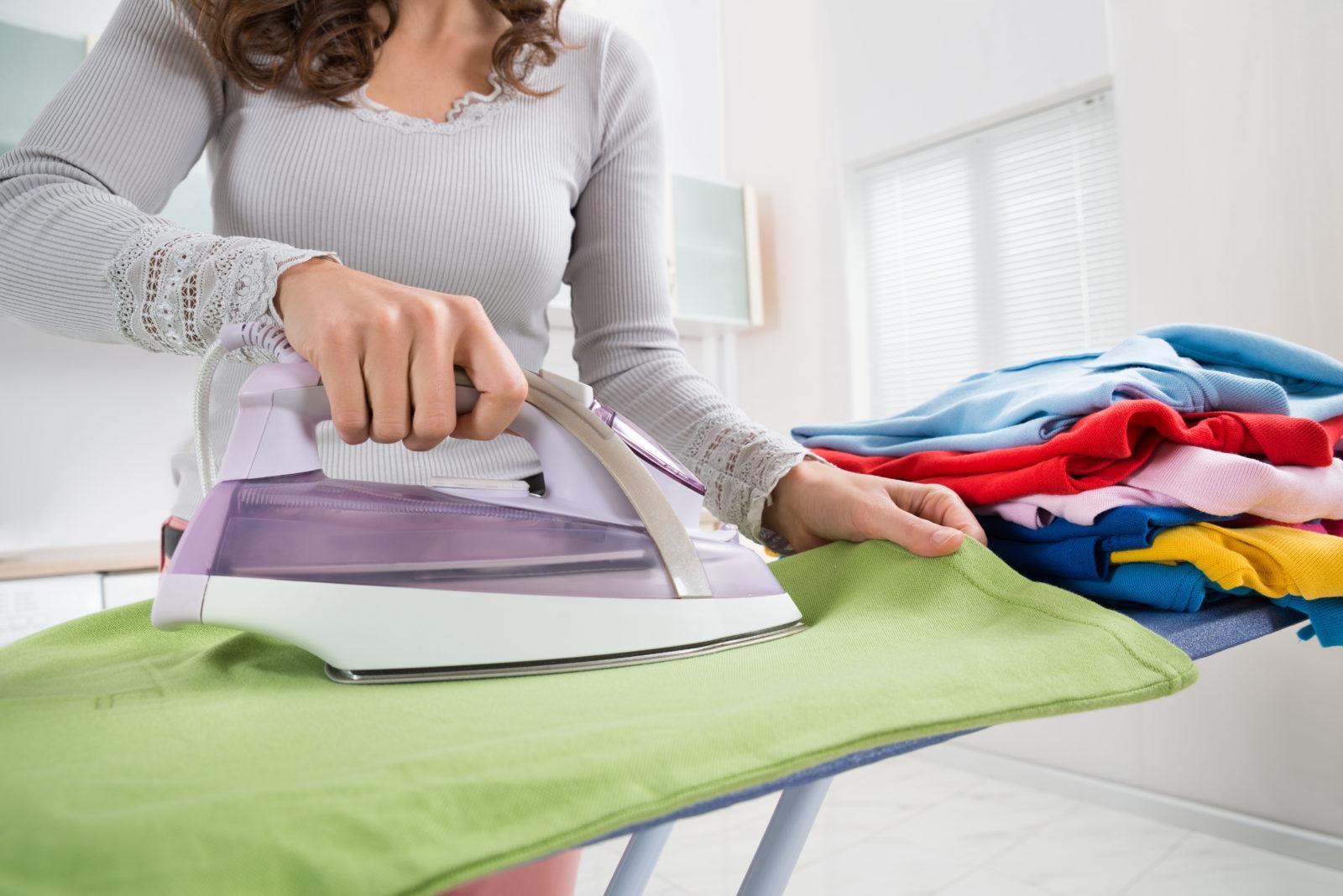 Глажка детских вещей комаровский. как долго нужно гладить белье (пеленки) для новорожденного? и нужно ли их гладить? вот что пишут мамочки на форумах