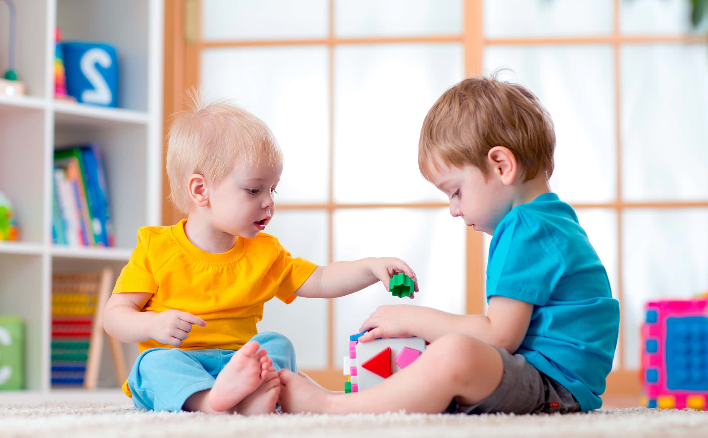 Детская жадность: что делать, если ребенок не хочет делиться
