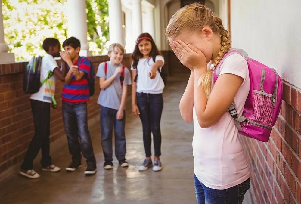 Травля на работе, в школе: как бороться с буллингом?